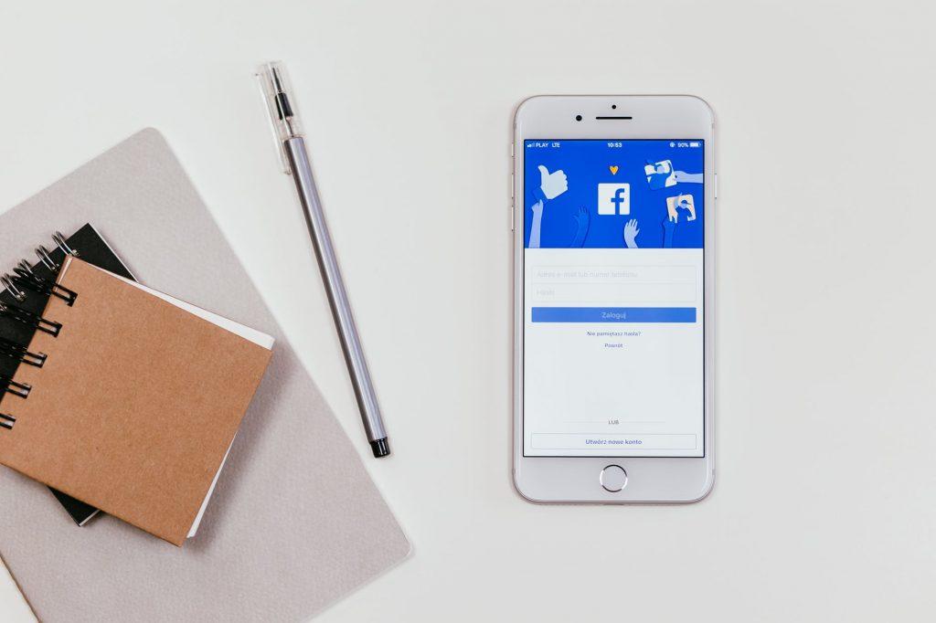 split test ads in facebook