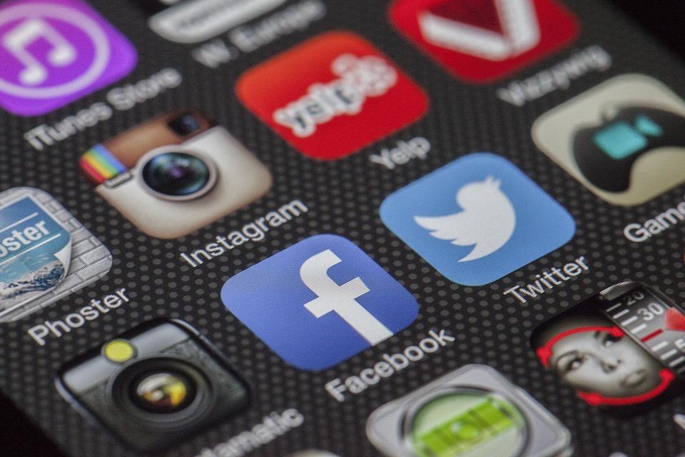 Blog Promotion Tips - social media